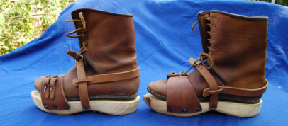 Turnshoes and Wooden Pattens Side