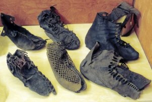 Vindolanda Roman leather shoes
