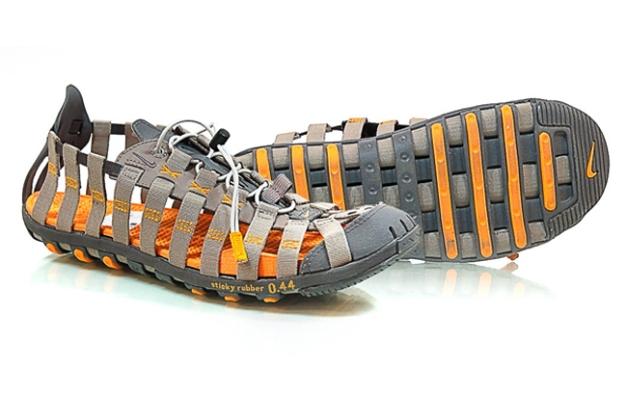 Nike Water Cat Web