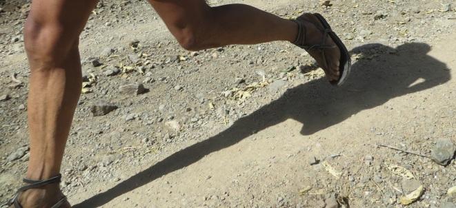 raramuri, tarahumara, caballo blanco, huaraches, barefoot running, ultra marathon, Mexico, born to run, guaraches, ハンドメイド・シューズ, Leather Sandals, Lädersandaler, الجلود والصنادل, 皮凉鞋, Leren Sandalen, Sandales en Cuir, Ledersandalen, चमड़े के सैंडल, Sandali in Pelle, 革のサンダル, Skinn Sandaler, Sandalias de Cuero, Lädersandaler, Huaraches, Guaraches, Mexican Sandals, Sandali Messicani, 멕시코 샌들, मेक्सिको सैंडल, Sandales Mexicains, Meksikanske Sandaler, Mexicaanse Sandalen, メキシコのサンダル, 墨西哥凉鞋, Мексиканские сандалии, Mexikanska Sandaler, Mexikanischen Sandalen, ワラチ, ワラチ, المكسيكي الصنادل, Woven Sandals, Sandali Intrecciati, 编织凉鞋, Gewebten Sandalen, Geweven Sandalen, Sandales Tissées, 不織布サンダル, 짠 샌들, Vevde Sandaler, тканые сандалии, Sandalias Tejidas, Vävda Sandaler, المنسوجة الصنادل, बुना सैंडल, Handmade Sandals, Sandali fatti a mano, 手工凉鞋, Sandales à la main, हस्तनिर्मित सैंडल, 手作りのサンダル, Håndlagde Sandaler, Sandalias Hechas a Mano, Handgjorda Sandaler, Handgefertigte Sandalen, الصنادل المصنوعة يدويا