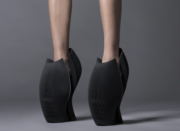 'unx2′ by ben van berkel : unstudio for united nude 2